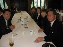 トモタロウBLOG-議員食堂にて